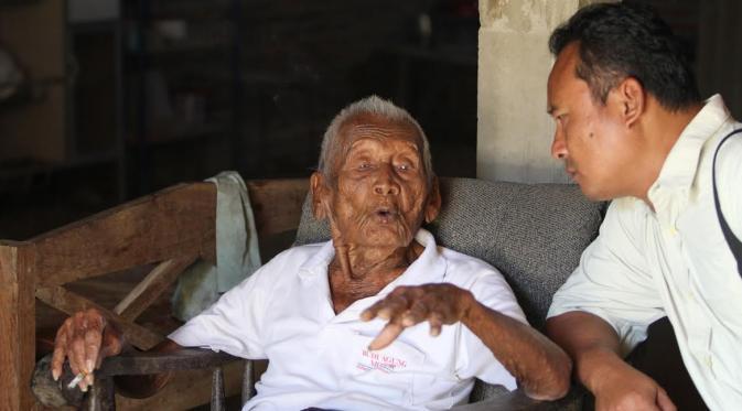 印尼145岁老人称已活够 子女都已去世只剩孙辈 - 海阔山遥 - .