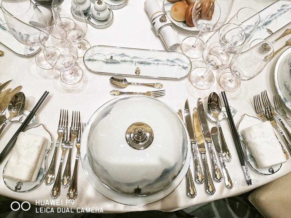 实拍G20国宴现场:餐具图案取自西湖实景2016.9.5 - fpdlgswmx - fpdlgswmx的博客