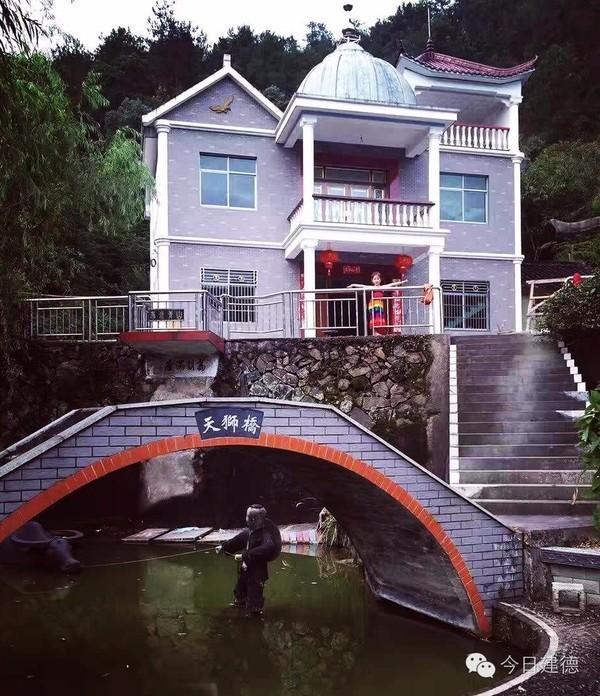 """浙江大叔用10年把自家小院打造成""""私家园林"""" - 海阔山遥 - ."""