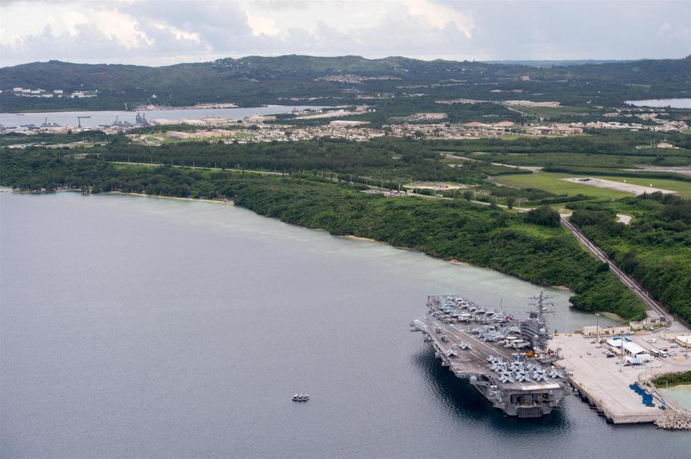 东风26的目标:美航母群齐窝关岛 - 海阔山遥 - .