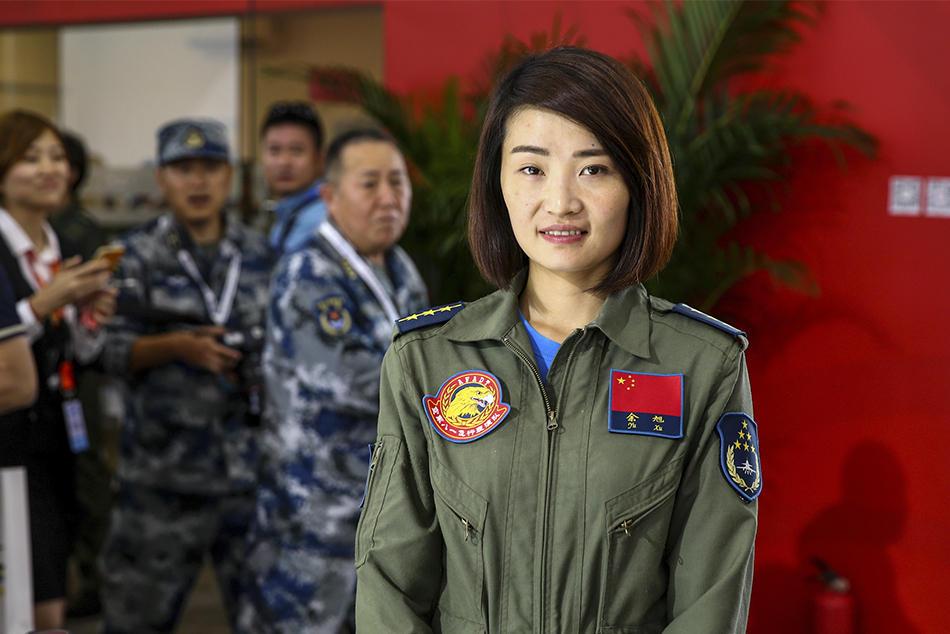 """""""金孔雀""""飞走了:中国首位歼-10女飞行员余旭牺牲 - 海阔山遥 - ."""
