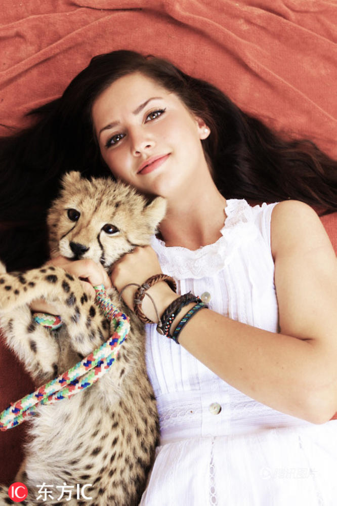 瑞典美女与猎豹亲密无间 真实版美女与野兽 - 海阔山遥 - .