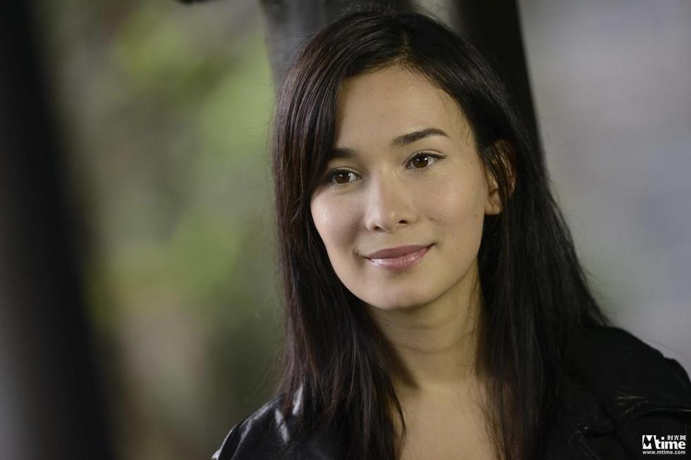 卢靖姗担任《战狼2》女主角