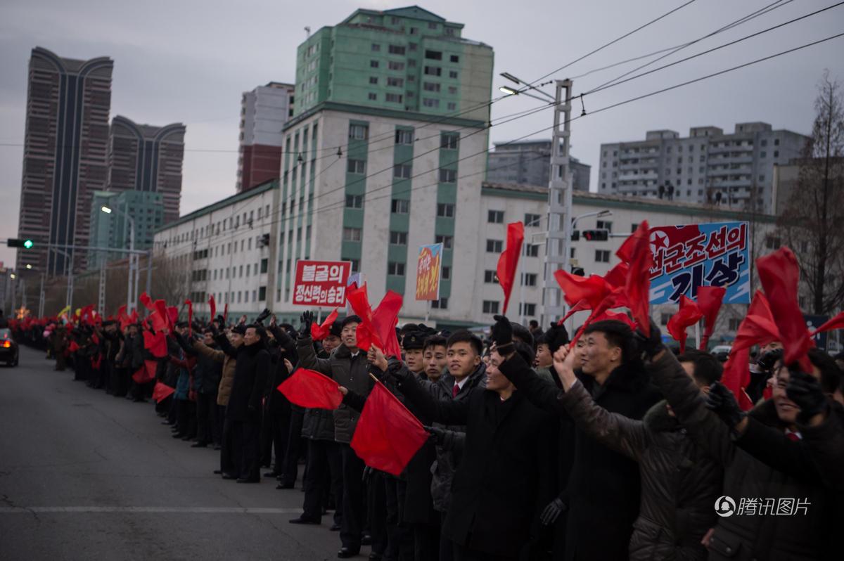 朝鲜女足连夺世界冠军 举国欢腾万人空巷 - 海阔山遥 - .