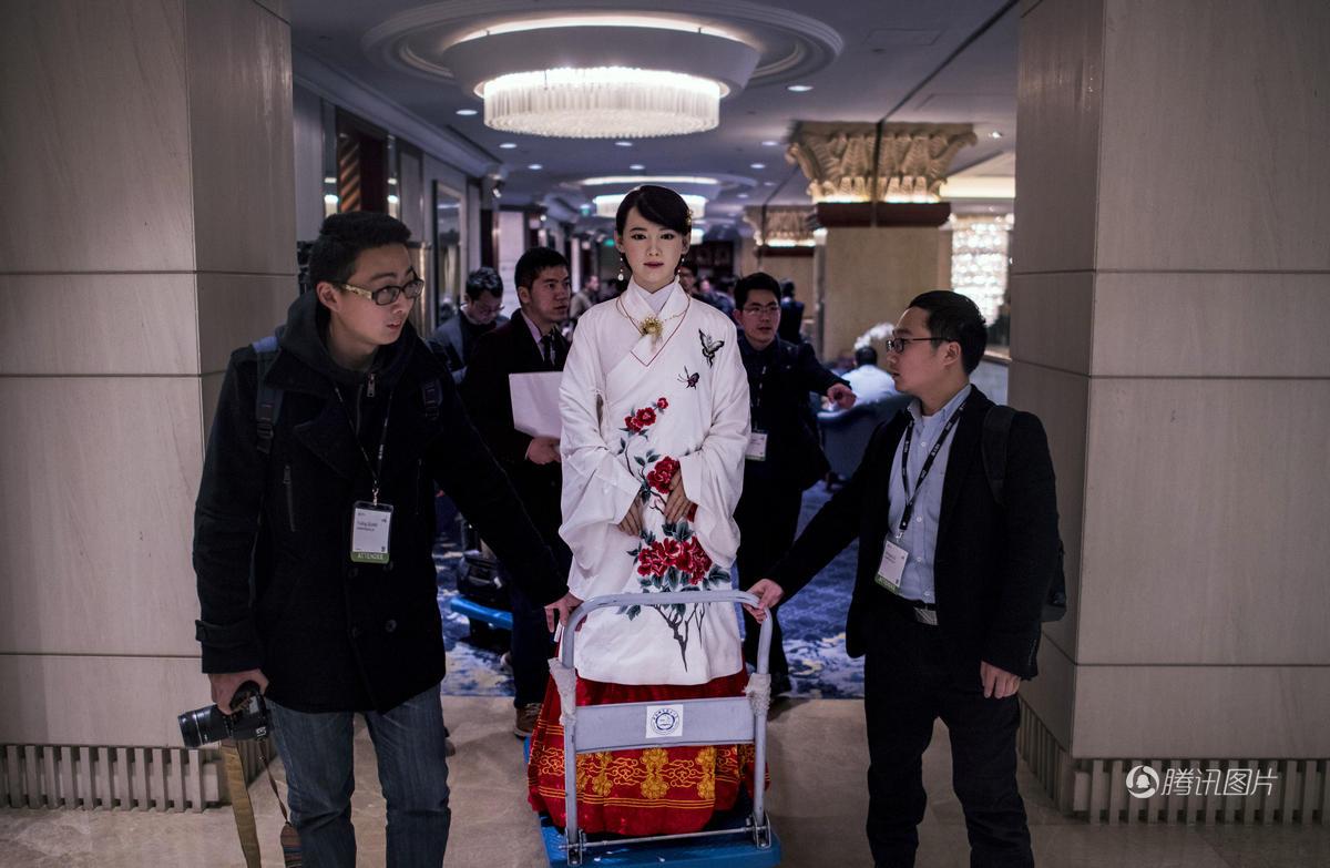 """中国首款体验交互机器人:""""我单身""""! - 海阔山遥 - ."""