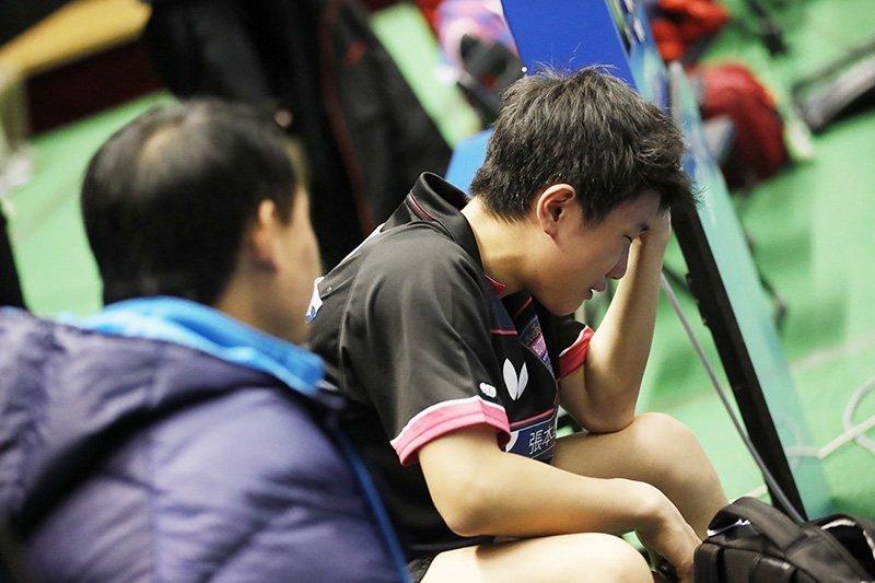 14岁神童输球失声痛哭 入籍日本立誓击败中国