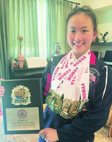 美国华裔女孩因自幼习武被哈佛录取 (组图)
