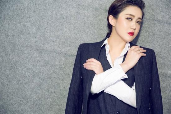 《乡9》中的吴琼演技引关注 原来她是王小宝老婆图片