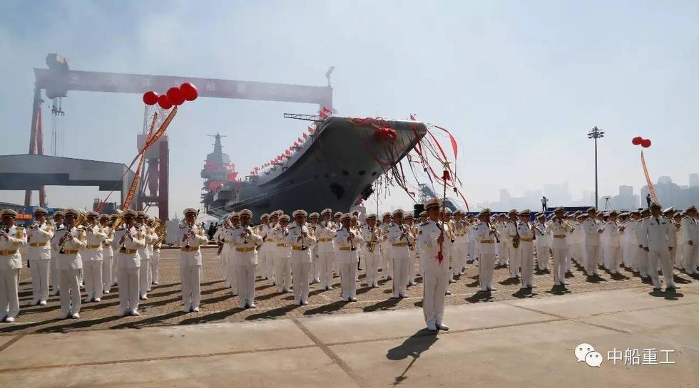 航母首下水 海疆勇捍卫 - wangxiaochun1942 - 不争春