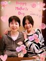 组图:福原爱母亲节送祝福 网友:中国好媳妇