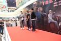 黎明当导演来郑州宣传新片 与粉丝喝红酒互动