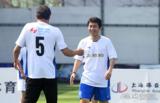 高清:申思助阵老甲A球迷赛 与范志毅并肩作战