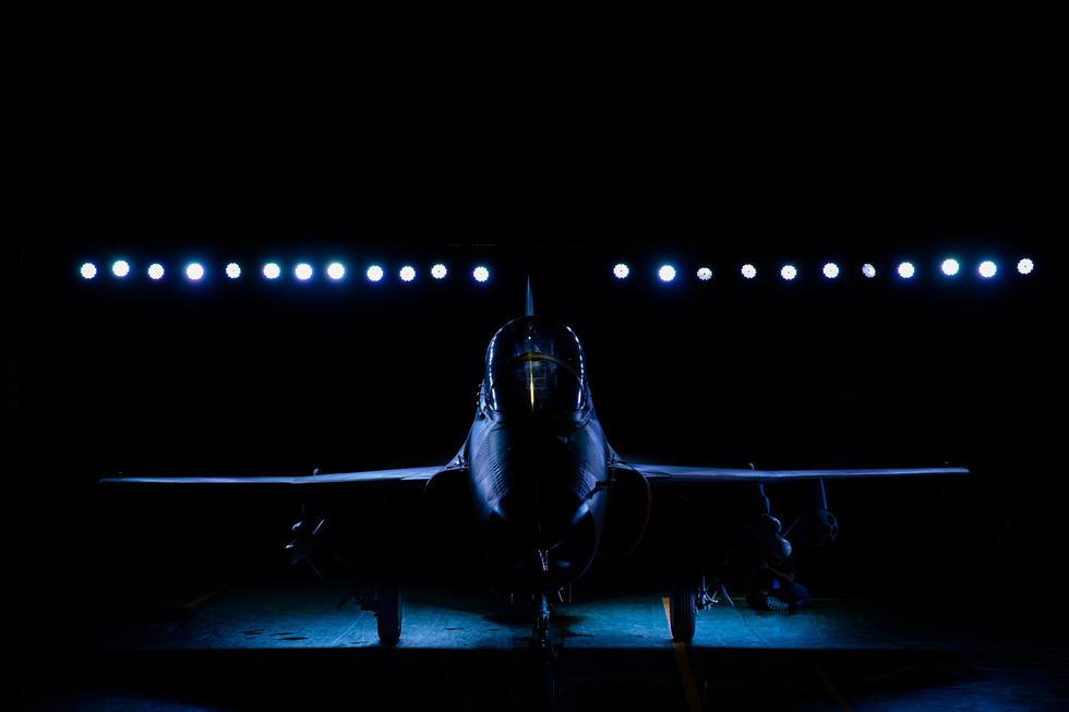 السودان يشترى 6 مقاتلات FTC 2000 19761304_980x1200_0