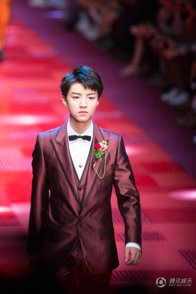 王俊凯首登米兰T台 亚洲最年轻走秀男星受瞩目2017.6.19 - fpdlgswmx - fpdlgswmx的博客