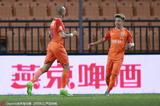 高清:鲁能1-0淘汰泰达 塔尔德利打入制胜球