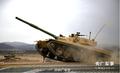 新涂装?新疆军区某师装甲团组织坦克驾驶训练