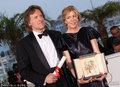 高清:戛纳闭幕 最佳影片金棕榈奖《生命之树》