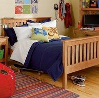 色泽淡雅舒适 儿童床品营造童话般美丽天地