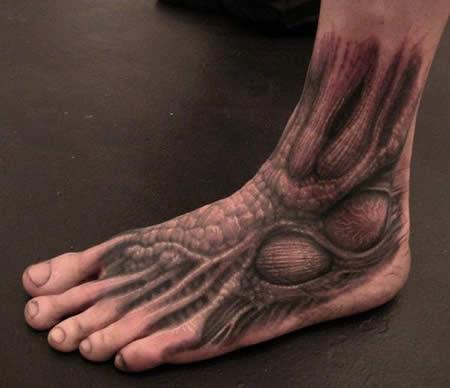 全球强人的另类解剖纹身[15p]