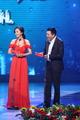 第17届上海电视节白玉兰颁奖礼 杨幂张嘉译颁奖