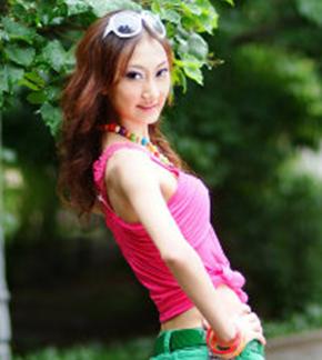 熊瑛 Yanina