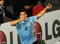 乌拉圭率先闯入决赛