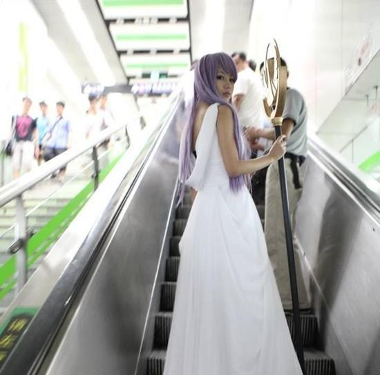 上海地铁惊现 雅典娜 cosplay tongbo0526 126 认证 生活 高清图片