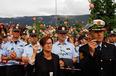 高清:挪威10万民众悼念爆炸枪击事件遇难者