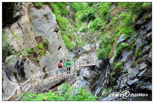 西安周边避暑游 曲峪金龙峡风景区