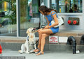 C罗女友爱犬作伴