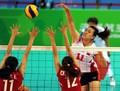 组图:大运会女排1/4决赛 中国队获胜进四强