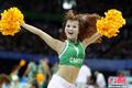 高清:大运男篮半决赛 啦啦队动感热舞助兴