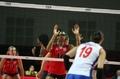 美国女排完胜塞尔维亚