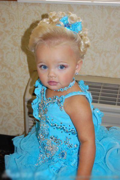 2岁超嫩模 洋娃娃真人秀