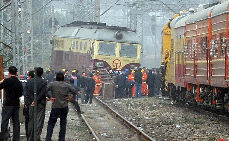 组图:1164次列车途经北京石景山时发生脱轨 - 高山松 - gaoshansong.good 的博客