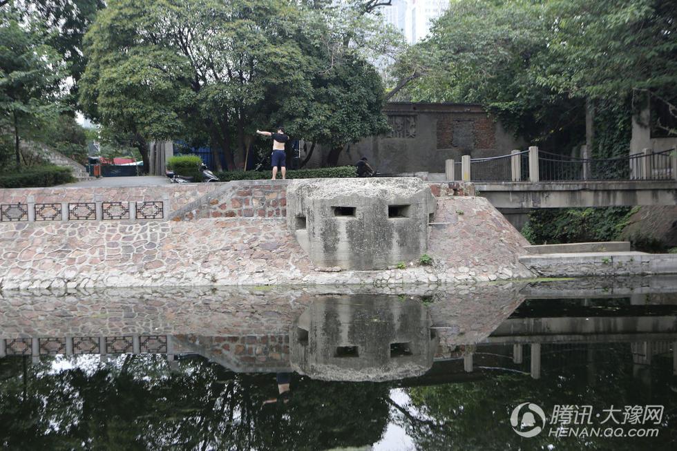 """郑州金水河畔竟然遗留一座""""碉堡""""2017.7.18 - fpdlgswmx - fpdlgswmx的博客"""