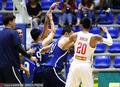 菲律宾悍将挑衅韩国球员引冲突 场面混乱(图)