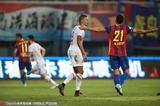 高清:黄海3-1深足高翔两球 普雷西亚多扳一球