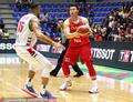 高清:中国男篮胜黎巴嫩 李根持球单打哈提布