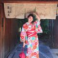 高清:孙祥娇妻日本游玩 穿和服拍照婀娜多姿