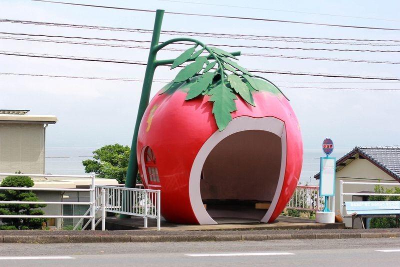 日本各种水果公交车站