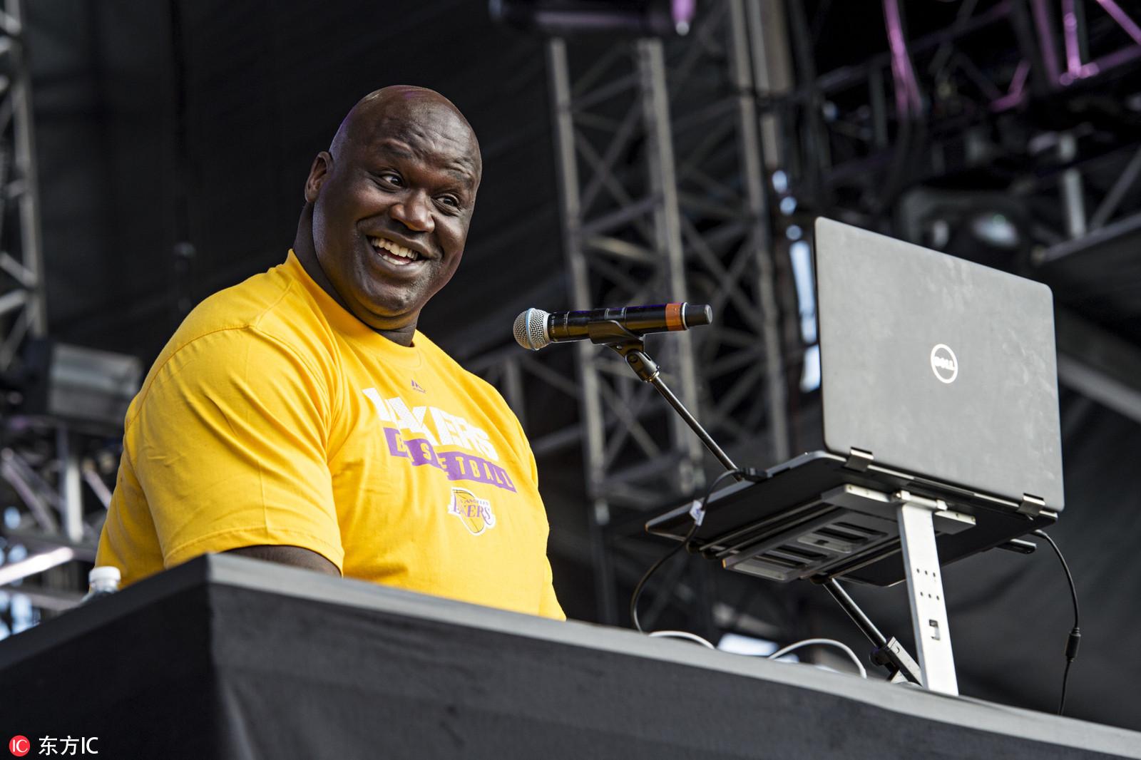 高清:多才多艺的胖子!奥尼尔变DJ秀翻全场