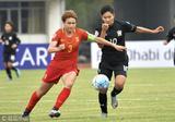 U19女足2-0泰国出线在望 队长窦加星防守(图)