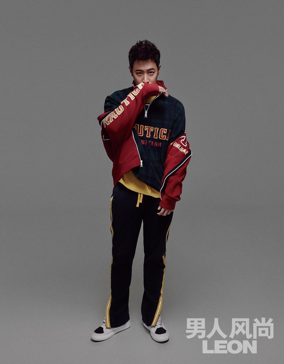 柏登上最新的《男人风尚LEON》封面,大片中潘玮柏尽显多元化嘻图片