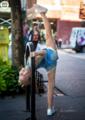 摄影师纽约街头抓拍萝莉舞者起舞