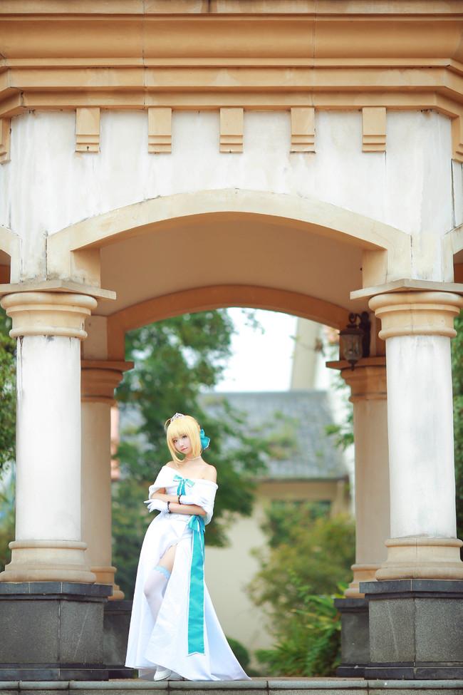 《Fate》系列Saber礼服装