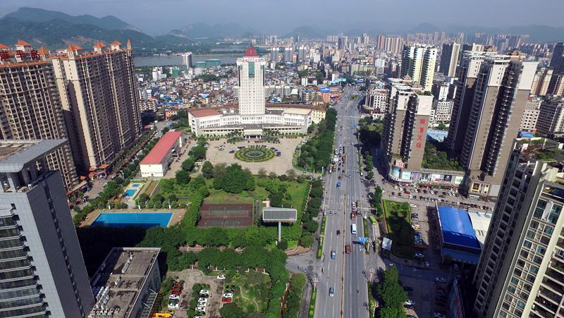 市城区浈阳东路鸟瞰