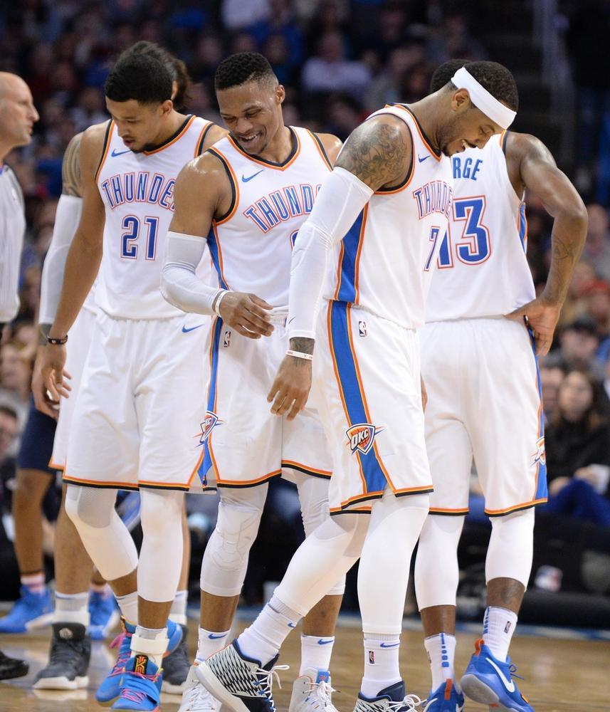 PG的一個隔扣讓甜瓜威少拍手叫好!PG賽後:我終於找回了感覺!(影)-Haters-黑特籃球NBA新聞影音圖片分享社區