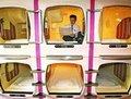 组图:聚焦日本胶囊旅馆 体味世间冷暖