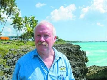 美国志愿者:希望世博会上找到更多人帮海地